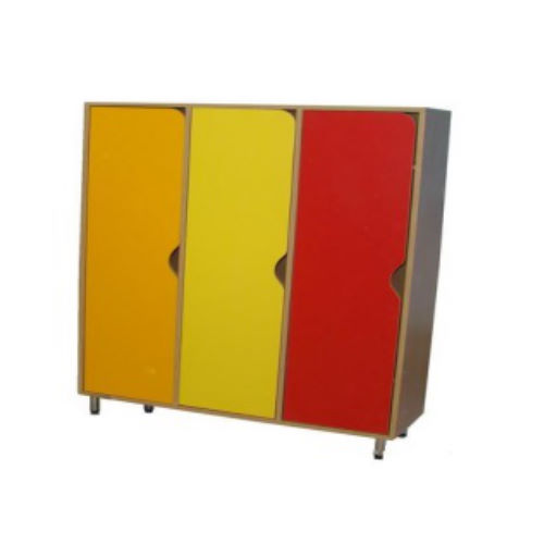 Шкаф для одежды (3-х секционный на рег. опорах)